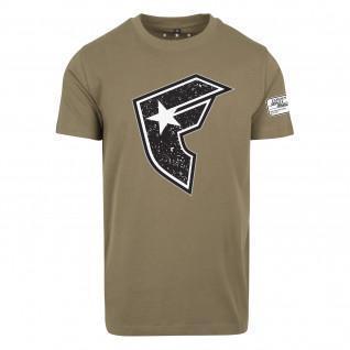 T-shirt Famous Compoition